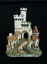 David Winter ~ Castle Gate ~ Beautifully Detailed ~ Mib ~ Signed By David Winter