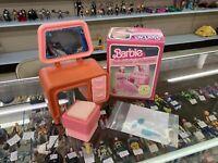 BARBIE DREAM HOUSE Pink & Yellow Vanity, Pink Seat & Vanity Items. #2469