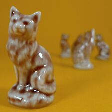 Wade Whimsies (1996/97) Tom Smith - Set #15 Cat Collection - Beige Sitting Cat