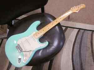 Tagima TW530 electric guitar - surf green