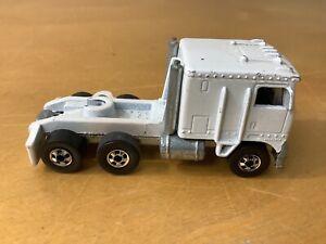 Vintage 1980 Mattel HOT WHEELS Steering Rigs KENWORTH TRUCK Cab Only White