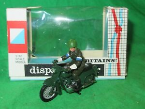 Britains 9698 Dispatch Rider on Triumph Thunderbird 1/32nd scale  VGC boxed #2