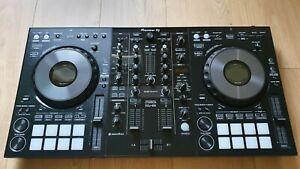 Pioneer DJ DDJ 800 + Decksaver