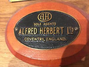 Vintage Old Industrial Original Cast Brass Sign ALFRED HERBERT COVENTRY