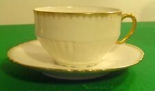 Belle tasse Très fine porcelaine de Limoges blanche Décor mat (1 ou +)