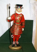 Vintage Beefeaters Gin Yeoman Warden Paper Mache Lamp_24 Inches Tall