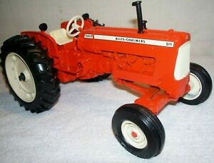 ALLIS CHALMERS D-19 SPECIAL EDITION by ERTL   FROM MID 90's