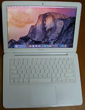 """Apple MacBook 7.1 Unibody 13.3"""" White A1342 Mid 2010 / 2.40Ghz, 250GB HDD, 3GB"""