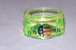 Antique Vintage Child's Ring - 1776-1976 Bicentennial - With Flag - Green