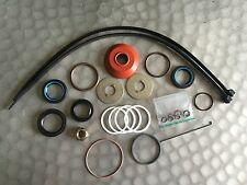 HOLDEN COMMODORE VP VQ VR VS POWER STEERING RACK REBUILD SEAL  KIT 9279