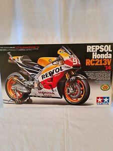 Tamiya 1/12 Honda Repsol RC213V '14  BRAND NEW FACTORY SEALED