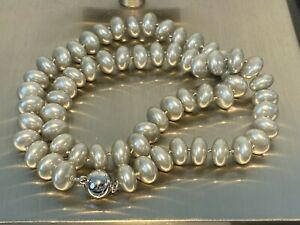 Muschelkernperlen Button Collier Kette Länge 50 cm ! Perlen SILVER  10-11 mm
