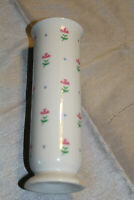 """ESPECIALLY  FOR YOU  FTD SMALL CERAMIC FLOWER VASE 6 1/2"""" TALL 2 1/3"""" ACROSS PIN"""