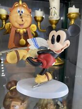 Walt Disney Classic Collection WDCC Mickey Mouse on Ice Retired 2000 Figurine