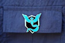 Pokemon Go Team Mystic Logo Blue Metal Pin Badge Blanche Plus Gym PokeStops Ball