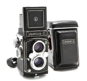 Yashica-D TLR Medium Format Camera with Case #33071