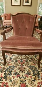 Beautiful Vintage Mid Century Plush Pink Mauve Arm Chair MUST SEE