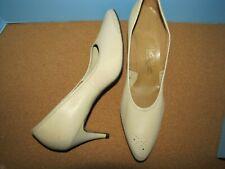Vintage Naturalizer Beige Leather Heels - 10.5Aa nwob