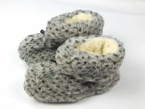 Natural Sheep Sheepskin Wool Warm Winter Men's Slippers Booties House Shoes