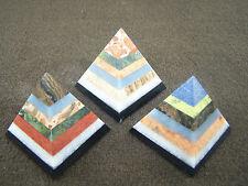 Pyramide Multistone ca. 5 cm hoch Mineralien & Heilsteine