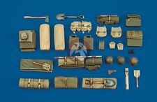Royal Model 1/35 M18 Hellcat Tank Destroyer WWII Stowage & Accessories Set 338