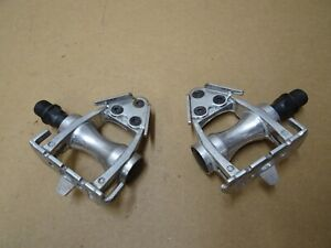 Wellgo LU-209 Road Bike Pedals Without Toes Straps