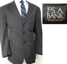 JOS A BANK designer GRAY PINSTRIPE mens 3 BTN suit sz 46R 46 REGULAR