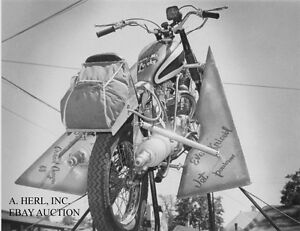 Evel Knievel & Triumph Bonneville TT Special Sky Cycle - 1968 - motorcycle photo