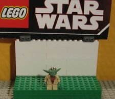 "Star Wars Lego Minifigure-Mini Fig -"" Yoda - Key Chain - Read """