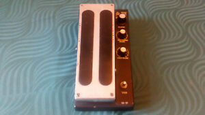 Shaftesbury Squall Effect Pedal -->The world first multi effect - Vintage<--