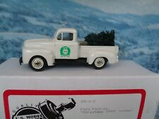 1/43 US model  Ford pick up Christmas 1993   #2-2 white metal