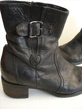 size 39 JONES Black Leather ankle boots ranch / cowboy style