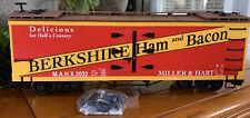 "Bachmann Big Hauler ""L"" Freight Cars-Reefer Berkshire Ham & Bacon #93268 New"
