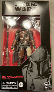 Star Wars The Black Series The Mandalorian 6-Inch Action Figure #94 - Dented