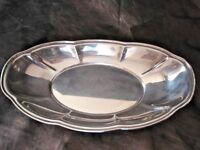 Friedman Silver Company Silver Plate Oval Bread Bowl #17 Scalloped Edge VGC