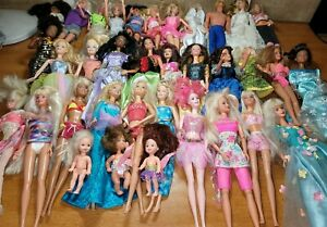 53 DOLL MIXED LOT BARBIE DISNEY HASBRO DOLLS SOME WITH CLOTHING PARTS REPAIR **