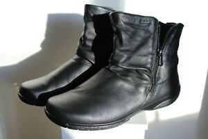 BRAND NEW HOTTERS BLACK BOOTS EX FIT SIZE 7