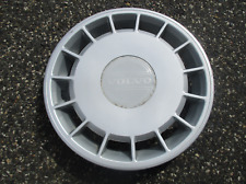 One genuine 1988 to 1993 Volvo 240 DL 14 inch hubcap wheel cover