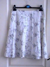 EMBROIDERED GYPSY SKIRT floral flowers SIZE 10 white