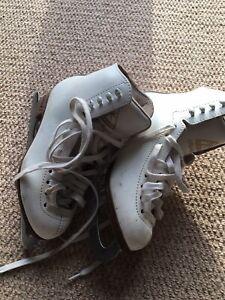 Jackson Mystique Ice Skates Size 4C
