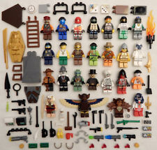 25 NEW LEGO MINIFIG LOT people Men Women + accessories minifigure figure zombie