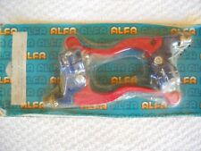"""**NEW IN PACKET BRAKE & CLUTCH LEVERS FOR 7/8"""" HANDLEBARS RED & BLUE,YAM/SUZ**"""