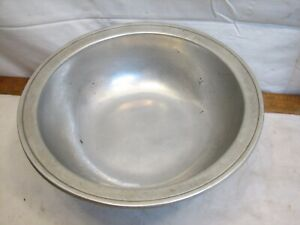 WIlton Armetale Pewter Footed Serving Bowl Plough Tavern Handled Colonial Foot