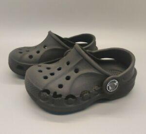 Crocs Baby Toddler Size 4/5 Black Unisex Clogs Sandals 4 5