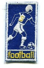 FOOTBALL FOOTBALLEUR SOCCER BLEU/BLANC écusson / patch 5.8X3 cm