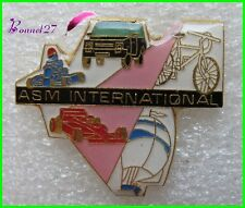 Pin's Pins badge Sport ASM International Voiture Karting Vélo Voile  #994