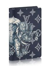 Louis Vuitton LV Authentic Passport Cover Elephant Black Blue Chapman New