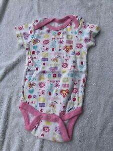 Gerber girls 3 6 9 months one piece infant bodysuit princessl