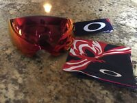 OAKLEY® FLIGHT DECK™ XM PRIZM™ SNOW BOARD SKI GOGGLE USA BLAZING EAGLE W/ TORCH