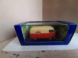 collection TINTIN 1/43 VOITURE N°32 VW COMBI   / L AFFAIRE TOURNESOL  ATLAS